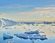 An image of melting polar icebergs.